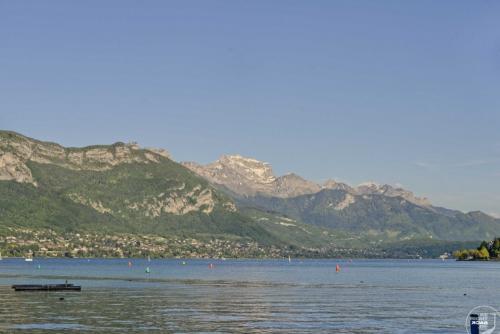 Lac d'Annecy Alpenpanorama
