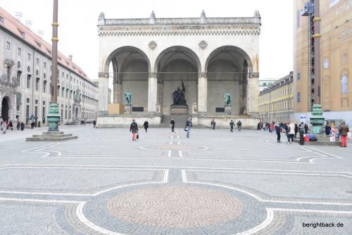 Munich_Odeonsplatz_Unfiltered
