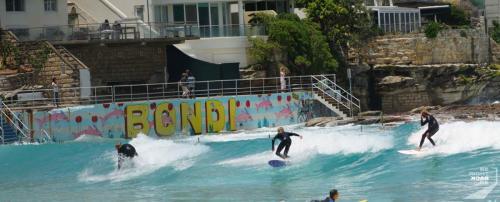 Surfer am Bondi Beach