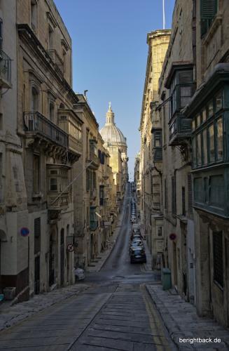 Valletta bergige Nebenstraße