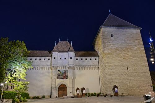Annecy Chateau bei Nacht