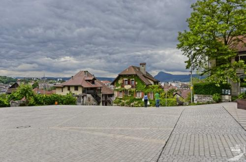 Place de la Chateau in Annecy
