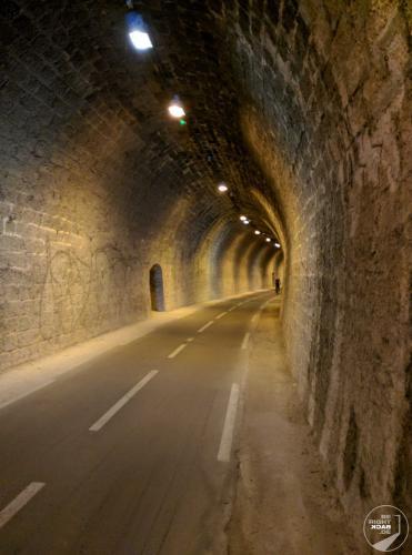Annecy Radweg Tunnel