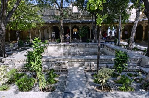 Udaipur City Palace Garten