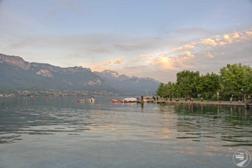 Lac d'Annecy Sonnenuntergang