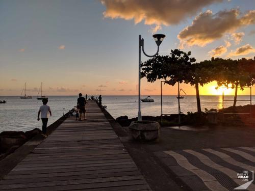 Martinique - Schoelcher Sonnenuntergang Over The Bay