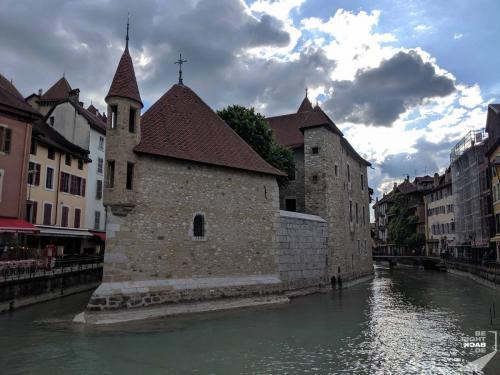 Annecy - Burg im Wasser