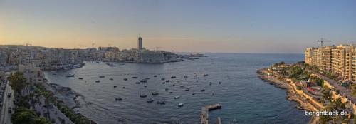Malta Sliema Bucht bei Sonnenuntergang
