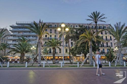 Nizza Promenade Hotel Westminster