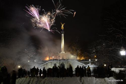 Silvester Feuerwerk Friedensengel